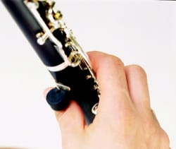 Accessoire pour Hautbois - Thumb stand for clarinet and oboe - Accessory - di-arezzo.co.uk
