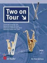 Two On Tour - Chansons Célèbres Pour Deux - laflutedepan.com