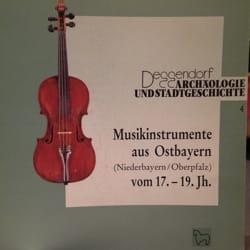 Musikinstrumente aus Ostbayern (Niederbayern /Oberpfalz) vom 17.-19. Jahrhundert - laflutedepan.com
